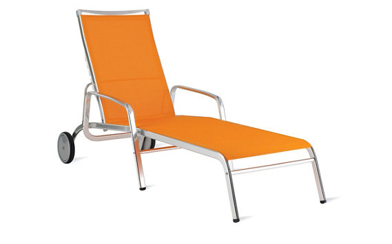 Lucca Chaise Lounge in Triple-Twist Weave