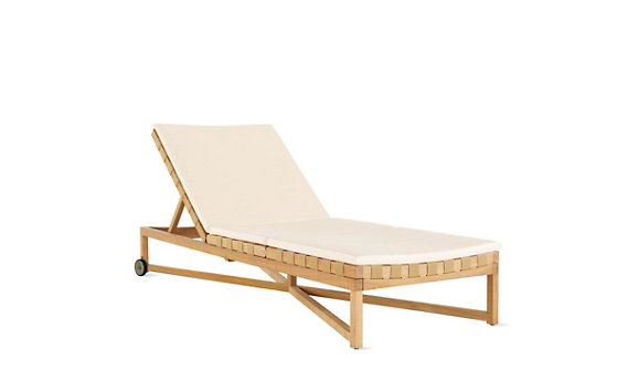 Rusa Adjustable Chaise Lounge with Wheels