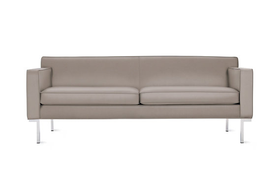 Theatre Sofa in Leather