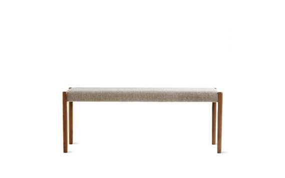Møller Model 63A Bench in Walnut and Hallingdal