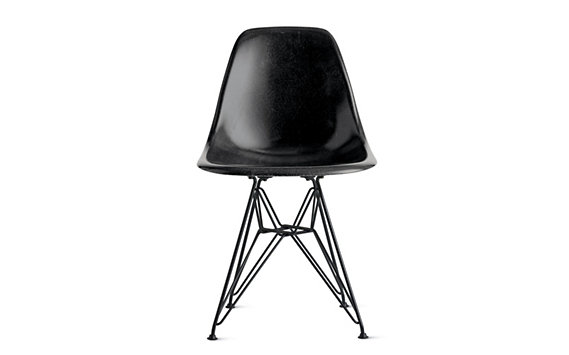 Eames Molded Fiberglass Wire-Base Side Chair (DFSR), Chrome
