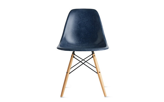 Eames® Molded Fiberglass Dowel-Leg Side Chair (DFSW), Black/Maple