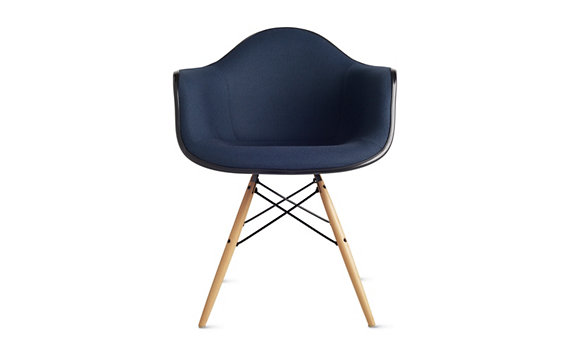 Eames® Upholstered DFAW, Maple