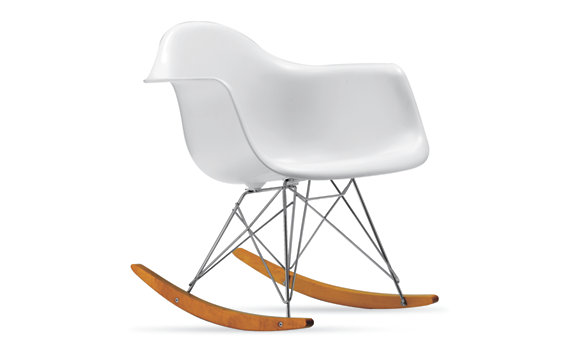 Eames® Molded Plastic Rocker (RAR), Chrome/Maple Base